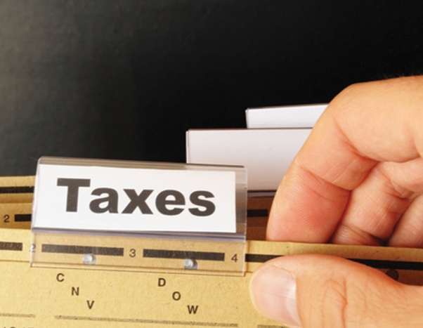 Guide-to-Small-Business-Tax-prep-and-Deductions